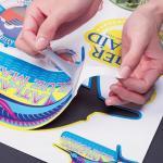 Печать на самоклеющейся пленке – реклама, которая не останется без внимания