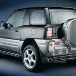 Правильная замена стекла на Toyota Rav4