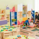 В Киевской области уже работает более 100 детсадов