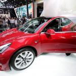 Tesla переманивает руководителей из Amazon, Apple и Snap