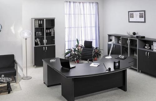 Рекомендации по выбору офисной мебели для сотрудников и руководителя