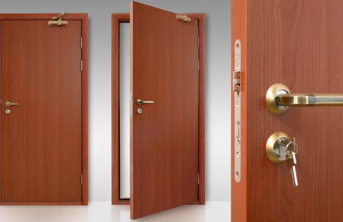 Входная дверь: металлическая, деревянная или бронированная?