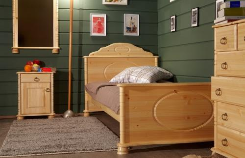 Комплект мебели из натурального дерева для девочки
