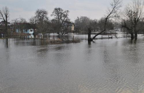 Синоптики предупреждают о повышении уровня воды на водоемах Украины