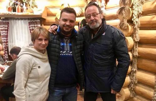 Известный актер Жан Рено приехал на Закарпатье и заговорил на украинском: уже знает