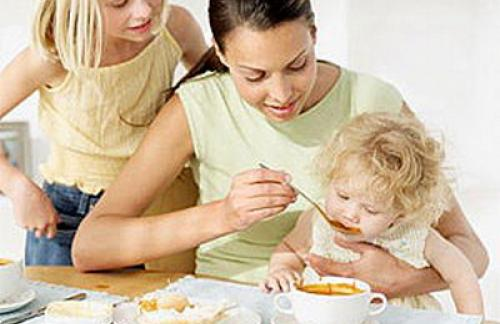 Как правильно кормить малыша.