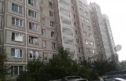 Продам 3-к квартиру общая площадь 64 м²
