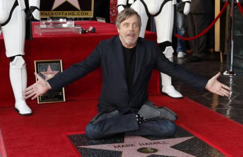 На Аллее славы появилась звезда Марка Хэмилла, наиболее известного по роли Люка Скайвокера (видео)