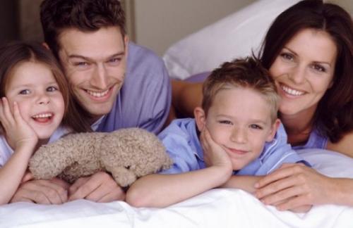 Только родители могут научить ребенка думать о других