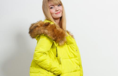 В зимней куртке можно быть сексуальной