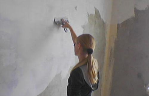 Выравнивание стены шпаклёвкой своими руками
