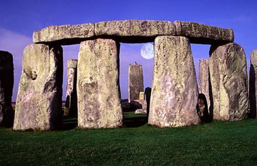 Англия Стоунхендж. Камни Стоунхенджа