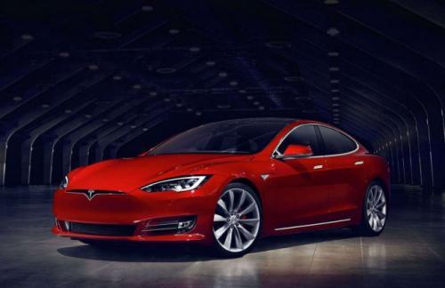Каждый час Tesla теряет полмиллиона долларов