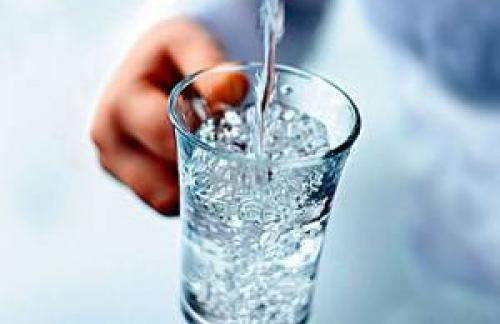 Пить слишком много воды вредно?