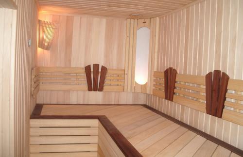 Липа и осина – лучший выбор для русской бани и финской сауны