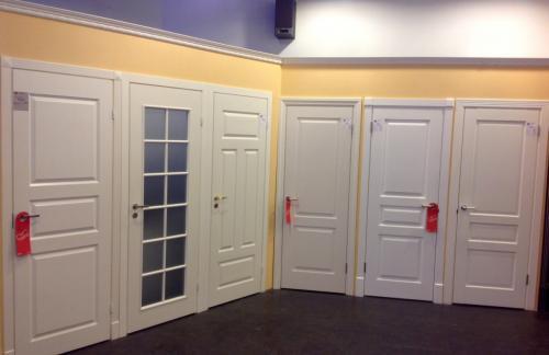 Современные двери из ясеня