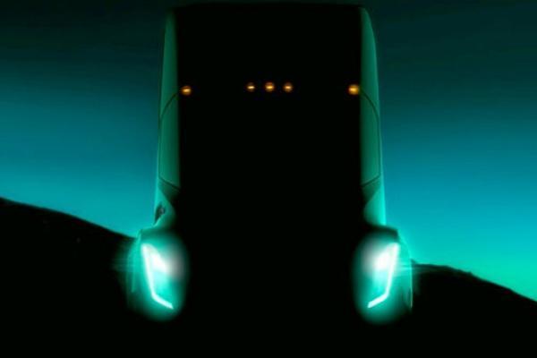 Появилась первая фотография грузовика Tesla