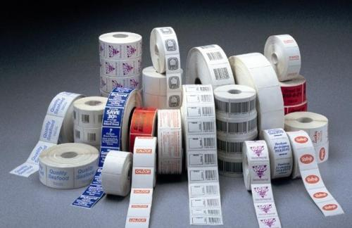 Цифровая печать самоклеящихся этикеток на бумаге в Москве
