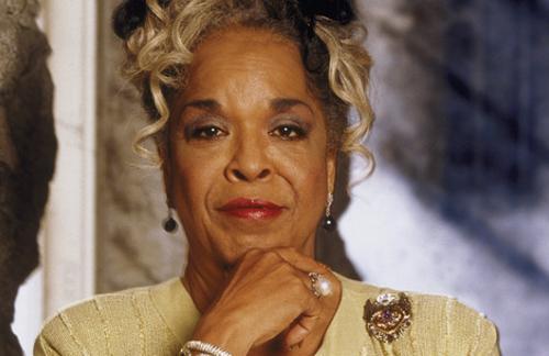 В США умерла известная актриса и певица Делла Риз