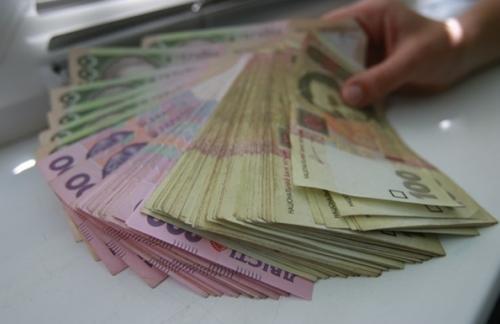 Украинский бюджет наполовину состоит из кредитов