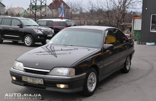 продам Opel Omega A 2.6I
