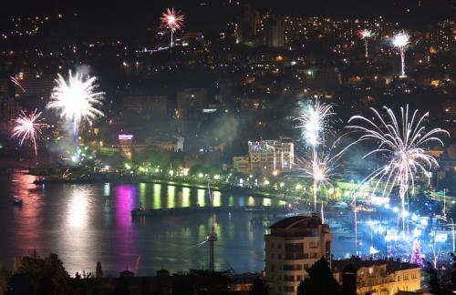 Популярные и недорогие направления для празднования Нового года